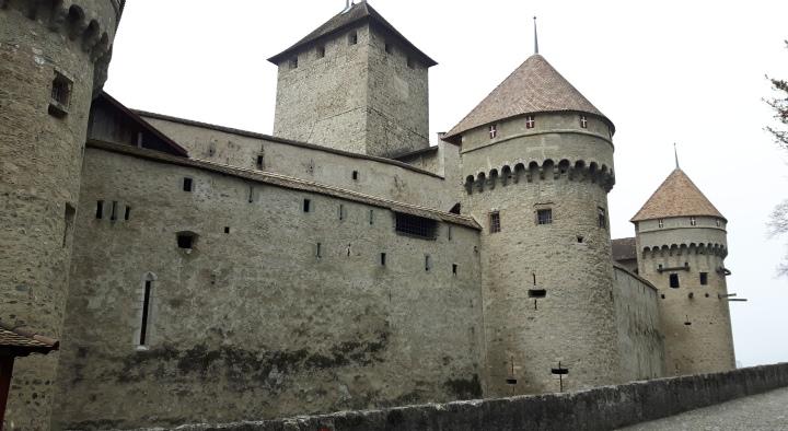 chateau de chillon - outside