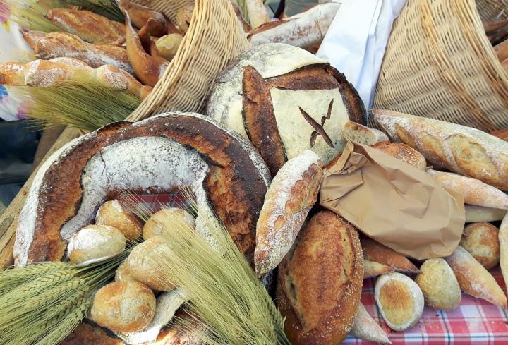 anne-sophie pic - fresh bread 4608x3138.13-1